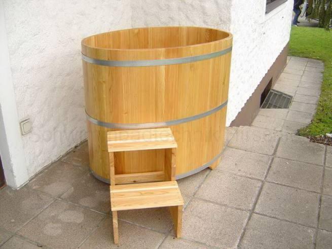 saunatauchbecken aus holz l rche innen und au en farblos beschichet. Black Bedroom Furniture Sets. Home Design Ideas